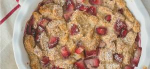 pudding au pain et aux fraises